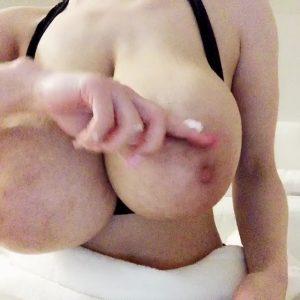 Hitomi Tanaka big tits